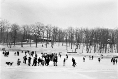Ice skating on Oakdale Hudson Dept. of Youth 1968 (1)